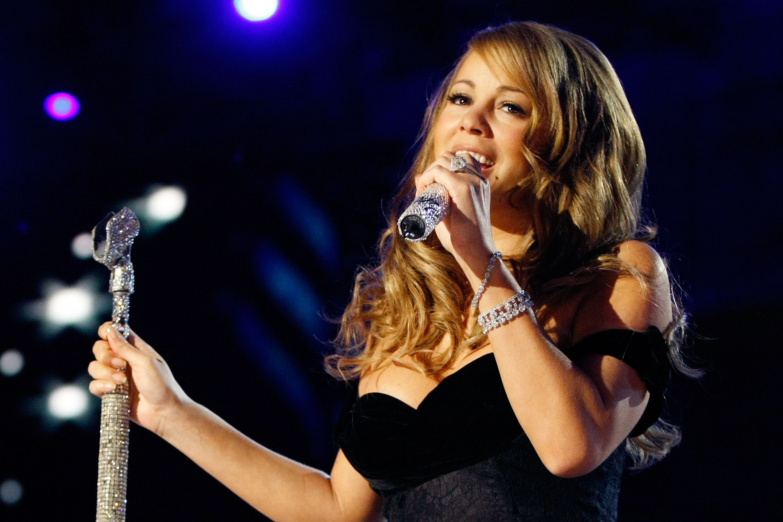 Mariah-Carey-live
